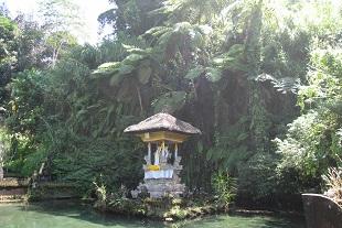 心が落ち着く、グヌンカウィ寺院